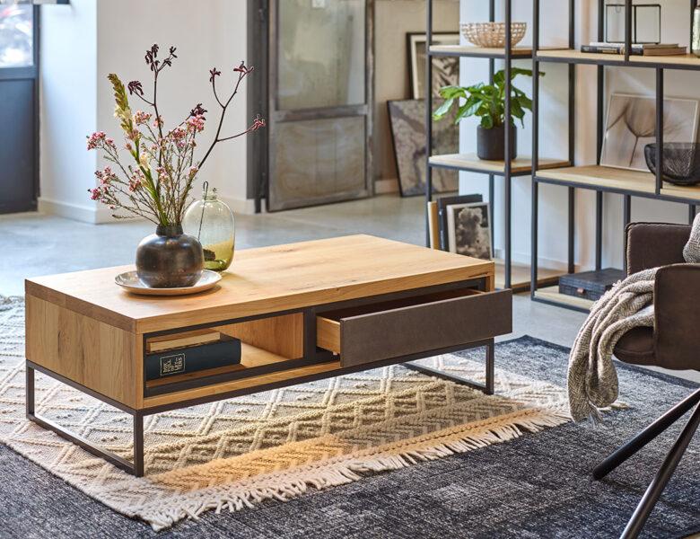 Au salon : 6 idées de tables basses pour allier déco et fonctionnalité !